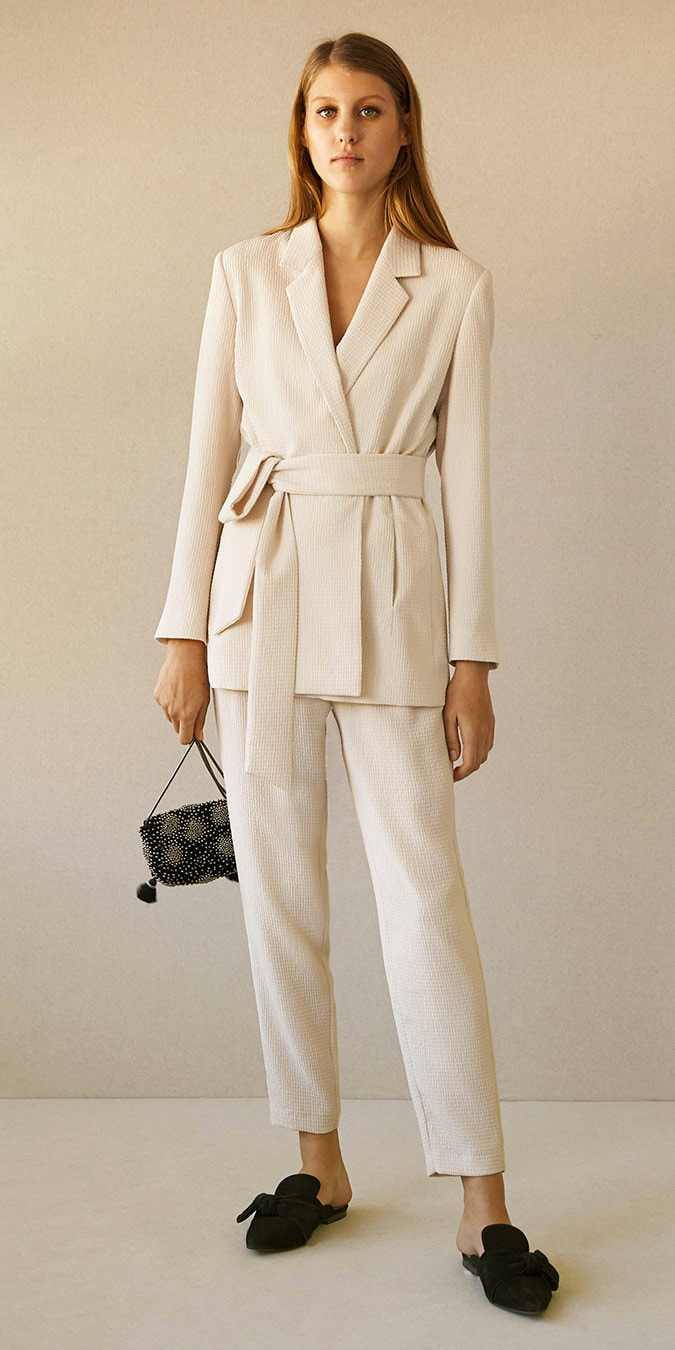 Intropia vanilla embossed lounge suit
