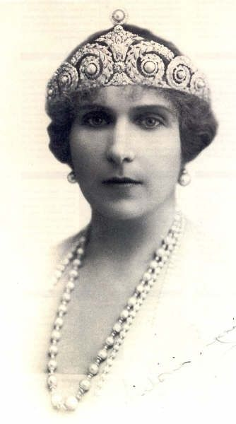 Queen Victoria Eugenia of Spain (Ena) wearing Cartier Pearl and Diamond Tiara