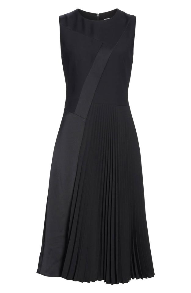 Hugo Boss Dionia black pleated midi dress