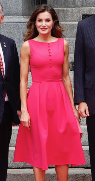 Carolina Herrera fuchsia pink fit-and-flare dress