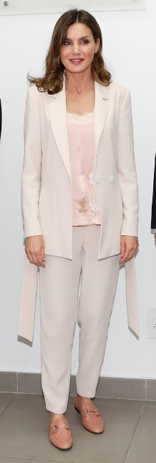 Queen Letizia wears Intropia vanilla embossed lounge suit