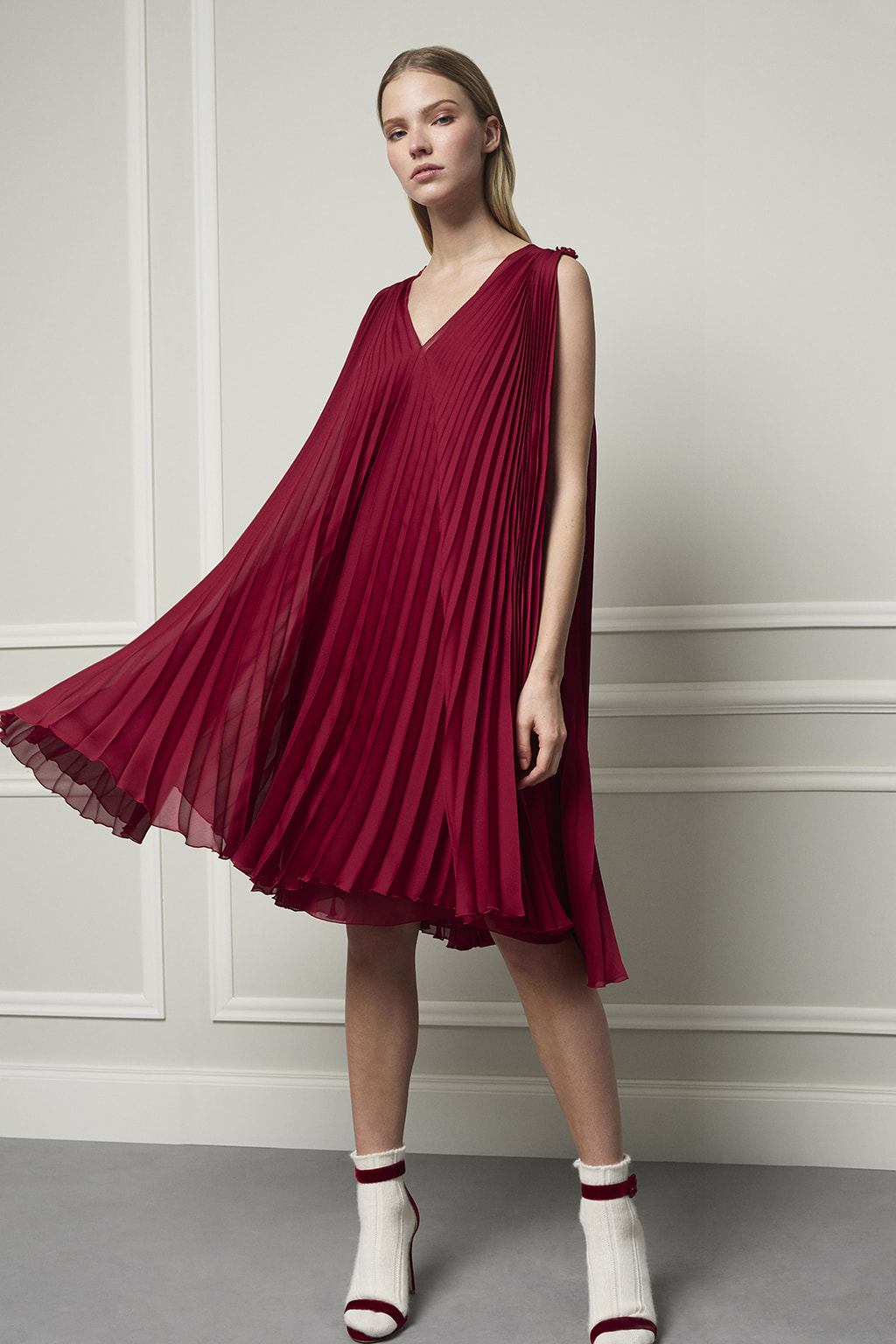 Carolina Herrera red pleated crepe trapeze dress
