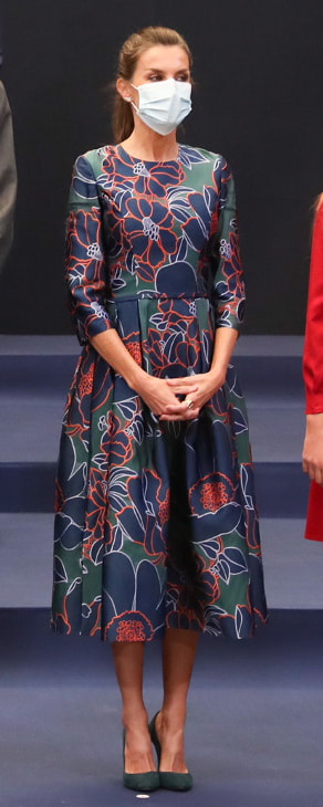 Queen Letizia attends audience with Princess of Asturias Awards laureates on 16 October 2020