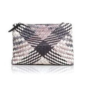 Malababa Hermenegilda clutch pink black combination ASO Queen Letizia