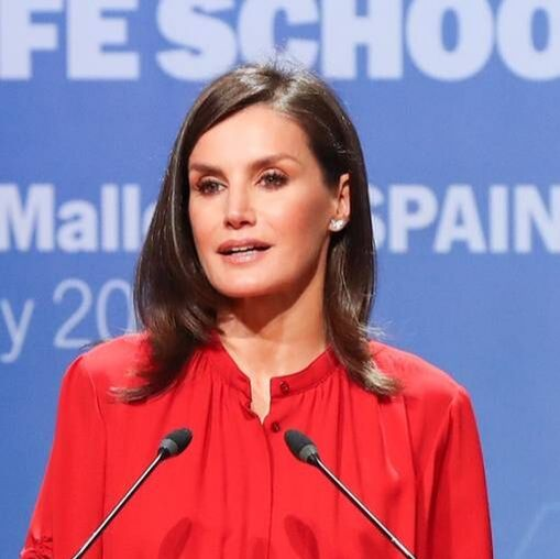 Queen Letizia wears Elena C 'Mini Butterfly' diamond earrings