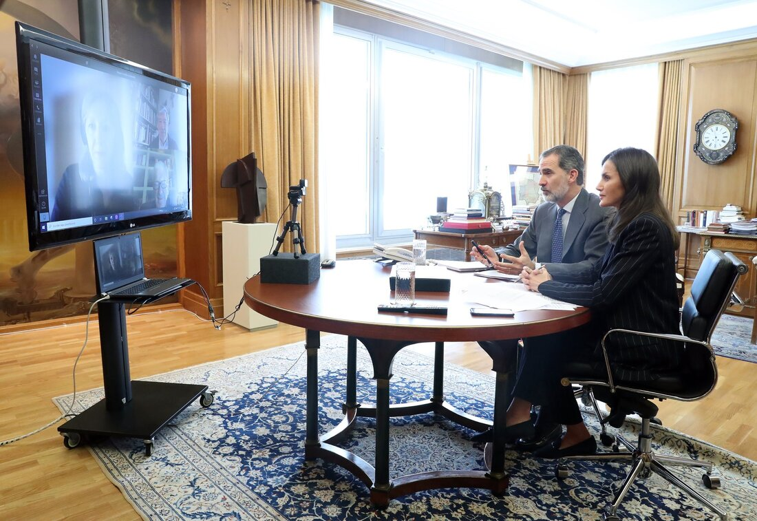 King Felipe and Queen Letizia held a meeting via video conference with Caritas