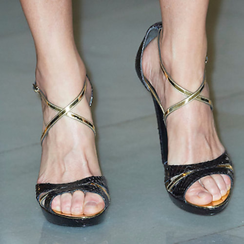 Magrit Black & Gold Marina sandals