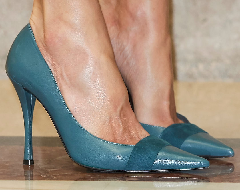 Magrit 'Lissette' pump in custom teal leather with suede trim