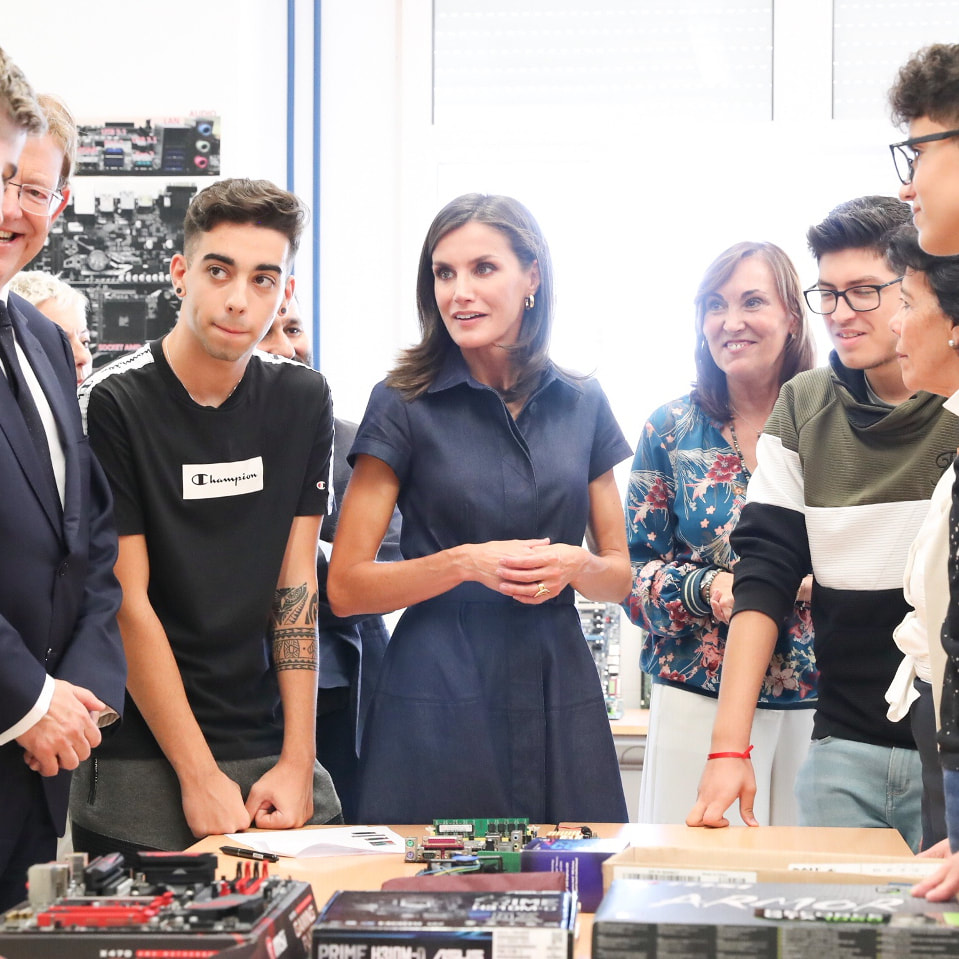 Queen Letizia chats with student of the IES Severo Ochoa for the official opening of the Vocational Training courses for the 2019/2020 academic year